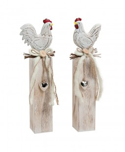 Chicken And Rooster On Wooden in Kuwait