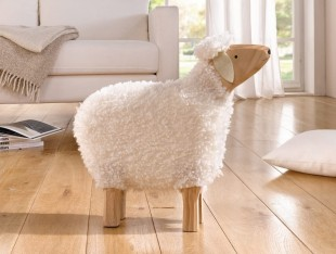 Easter Sheep - S in Kuwait