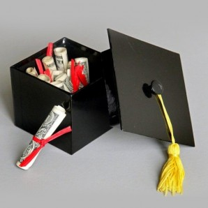 Buy Gifts For Graduation Online in Kuwait