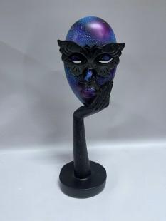 Masquerade Queen Mask Sculpture in Kuwait