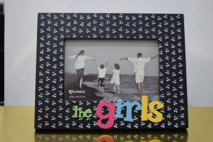 Buy Photo Frame - The Girls Black in Kuwait