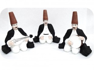 Sitting Men With Musical Instrument - Set - Italian Ceramic in Kuwait